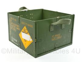 Militaire open kist voor blasting caps slaghoedjes groen - afmeting 33 x 32 x 20 cm - origineel