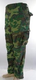 US Army ERDL poplin camo jungle fatique uniform broek zeldzaam 1970-  maat Medium/ Regular - origineel