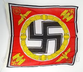 WO2 Duitse Fuhrer Standarte Adolf Hitler vlag - 95 x 80 cm - replica