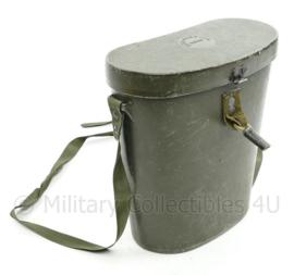 US Army Vietnam oorlog verrekijker case Carrying M63A1 hard kunststof groen voor M17 7x50 verrekijker - 22,5 x 21,5 x 10 cm - origineel
