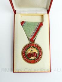Hongaarse medaille a haza fegyveres szolgálatában 35 EV 35 jaar dienst in doosje - Origineel