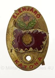 Hongaarse leger Elenjaro Katona Excellent Soldier metalen speld - 2,5 x 4 cm - origineel