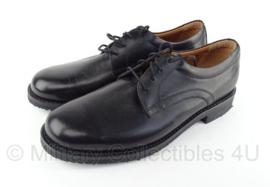 """KL DT nette schoenen """"DEFENSIE"""" Rubberen zool, zwart  - licht gebruikt - maat 42 tm. 46 - origineel"""
