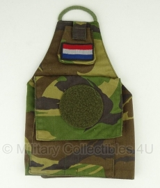 KL armband / schouderband woodland - met rond klitteband voor VN patch - origineel