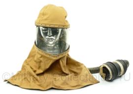WO2 British hospital patient gas mask - june 1944 - C5 gas mask - zeldzaam - gebruikt - origineel