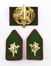 Defensie baret en kraag insigne set Regiment Limburgse Jagers - 3 delige set - origineel