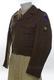 WO2 US Ike jacket met Specialist rangen en embleem - size 34L - origineel