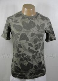 Leaf camo shirt