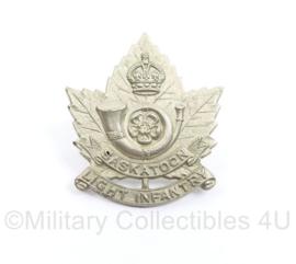 Wo2 Light Infantry Saskatoon Britse cap speld  - 4 x 3,5 cm - origine