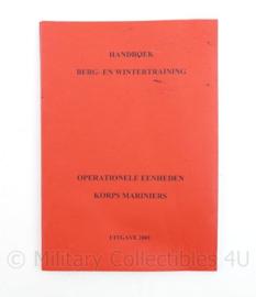 Handboek voor berg- en wintergebieden operationele eenheden Korps Mariniers - uitgave 2001 - 20,5 x 14,5 x 0,5 cm - origineel