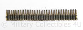 Defensie 30 stuks messing afgeschoten oefenpatronen in schakels - 44 x 7 cm - origineel