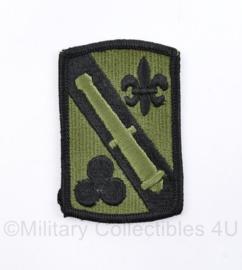 US Army Naoorlogse subdued Field Artillery patch  - 8 x 5 cm - origineel