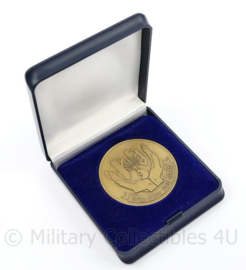 Brigade Kmar Den Haag groot model coin in doosje - diameter 5 cm - origineel