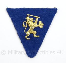 Belgisch Kraag insigne met gouden leeuw - afmeting 6 x 6 cm - origineel