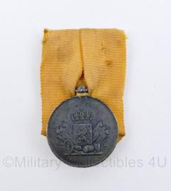 Originele  trouwen dienst medaille uit periode  van Koningin Wilhelmina - origineel