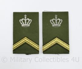 Defensie epauletten - rang Sergeant - 8 x 5 cm - origineel