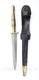 Wo2 Brits model Sykes Fairbairn Knife with Scabbard met messing greep - 31 cm - replica
