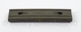 Geweer clip - maker MFT - afmeting 1,5 x 6,5 cm - origineel