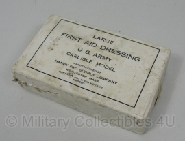 First aid dressing - Carlisle model - Large