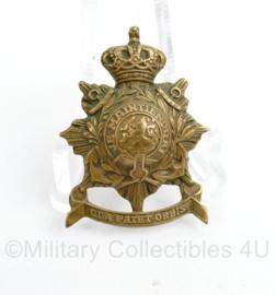 Korps Mariniers vroeg model messing schuitje insigne met vouwpinnen - 3,5 x 2,5 cm -   origineel