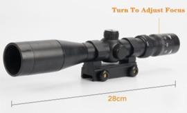 Kunststof scope 28 cm. met picatinny rail