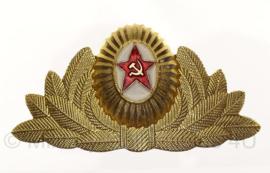 Russische officiers pet insigne metaal - origineel