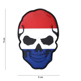 Embleem PVC 3D PVC  met klittenband - Skull met Nederlandse vlag  - 9 x 5 cm.