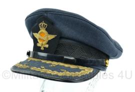 Platte pet  KLU Luchtmacht Opperofficier Generaal  Maat 57 - Origineel