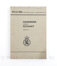 Handboek voor de soldaat Koninklijke Landmacht VS 2-1350 uit 1972   - origineel