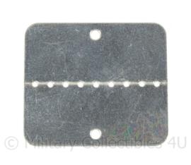 Naamplaatjes metaal - afmeting 5 x 4,5 cm - origineel