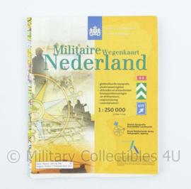 Dienst Geografie Koninklijke Landmacht Militaire wegenkaart - schaal 1: 250.000 - 18 x 14,5 x 0,5 cm - origineel
