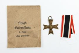 Origineel Wo2 Kriegsverdienstkreuz  2e klasse met lint en origineel zakje - origineel