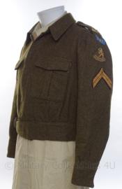 """MVO uniform jasje """"Korporaal der Eerste klasse"""" - """"13e Regiment"""" - 1955 - maat 52 1/4 - origineel"""
