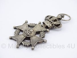 """Belgische """"orde van Leopold II"""" Zilver medaille - Origineel"""