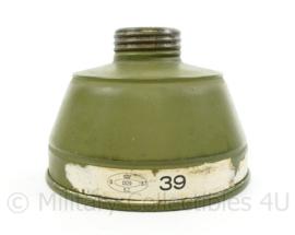 Nederlands gasmasker filter 1937 Vredestijn - 9 x 12 x 3 cm - origineel