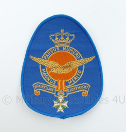 KLU Luchtmacht RNLAF embleem  Parvus Numero Magnus Merito  - 13 x9,5 cm - origineel