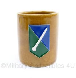 Defensie drank beker Grondgebonden Luchtverdediging Commando - met klittenband - Zeldzaam - afmeting 5 x 8,5 cm - origineel - 5 x 4 cm - nieuw - origineel