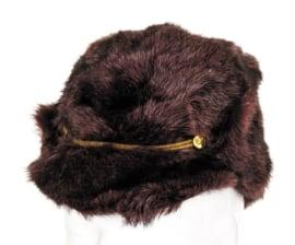 Militaire winter bontmuts - echt rood/bruin bont - licht gebruikt - 54, 57 of 58 cm. - origineel