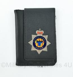 Britse Politie brevet in lederen houder Northumbria Police - 12 x 8,5 cm - origineel