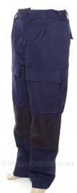 Nederlandse politie ME broek donkerblauw - met extra versterkingen - maat 53 - origineel