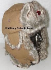 Bontmuts USSR met ster - Khaki -  met Russisch insigne voorop - maat 55 of 57