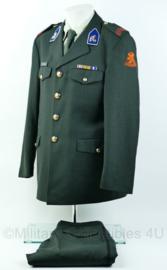 DT2000 uniform set(jas, broek, overhemd)  Cavalerie Huzaren van Sytzama 13e gemechaniseerde brigade met medailles - maat 50  - Origineel