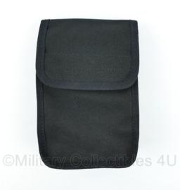Zwarte Nylon koppeltas - NIEUW  -  13,5 x 18 x 3 cm. - origineel