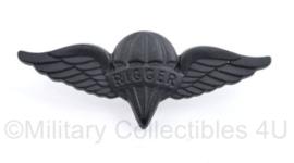 US Moderne Rigger wing  Naoorlogs - 4,5 x 2 cm - origineel