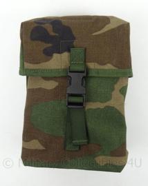 Korps Mariniers Forest Camo Woodland Camo opbouwtas algemeen GROOT - MOLLE - afmeting 16 x 22 cm - origineel