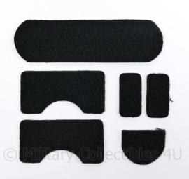 Ongebruikte zwarte klittenband stukken voor op een MICH FAST helm - samen 1 set