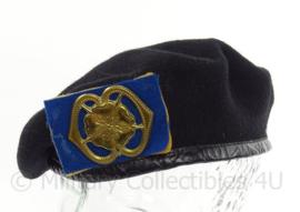 KL Landmacht MILVA baret met insigne - maat 57 - maker Hassing 1988 - origineel