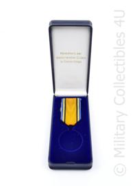 Defensie medaille doos met lintje Inhuldigingsmedaille Koning Willem Alexander - diameter medaille 4 cm - origineel
