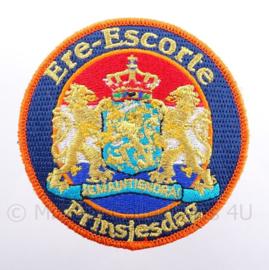 """Nederlands embleem """"Ere-escorte Prinsjesdag"""" - met klittenband - diameter 9 cm"""