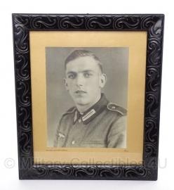 Foto in originele lijst WO2 soldaat  met M36 uniform 46 x 40 cm - origineel 1942